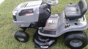Craftsman LT 1500 riding lawn mower tractor for Sale in Holiday, FL