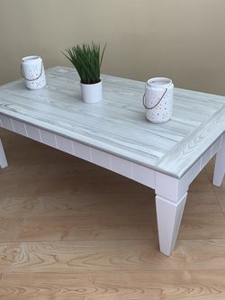 Farmhouse Style Coffee Table With Custom Top ! for Sale in San Diego,  CA