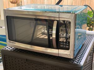Magic Chef 1.6 microwave for Sale in St. Petersburg, FL