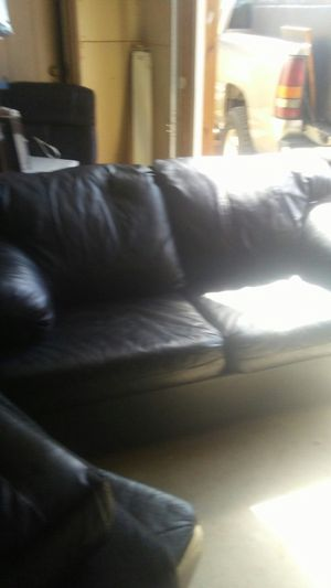 Black leather sofa and love seat like new condition for Sale in Phoenix, AZ