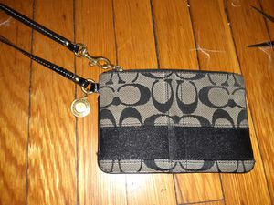 Authentic coach wristlet for Sale in Beverly, MA