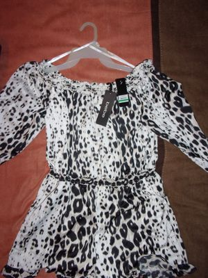 Bebe women's Romper size L for Sale in Columbus, OH