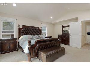 Master bedroom set for Sale in Beaverton, OR
