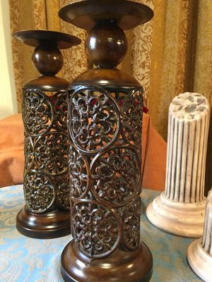 Set 2 candle holders; Beautiful metal decorative art; H15xW6 inch for Sale in Sun Lakes, AZ