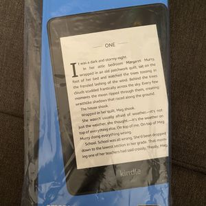 Kindle Paper white for Sale in Long Beach, CA