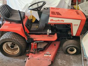 Simplicity Series 6500 Lawn Tractor for Sale in Beachwood, OH