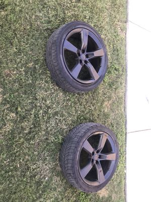 Tires size 20 5 lug for Sale in Pflugerville, TX