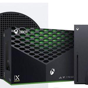 X-box Series X 1tb 4K Hd + Black Controller + 3 Games (nba 2k21, Cod Cold War, FIFA 21) for Sale in Fort Lauderdale, FL