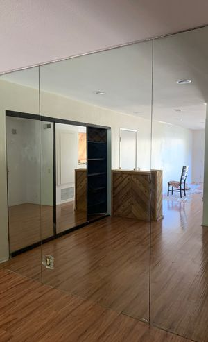 Wall mirrors for free needs to be dismantling for Sale in Costa Mesa, CA