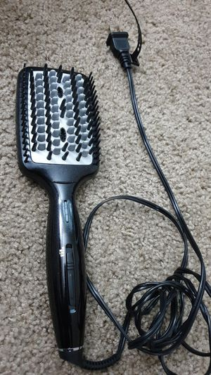 Hair straightener for Sale in Lewis Center, OH