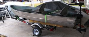 Sea king 12 ft aluminum boat with motor,trolling motor and trailer for Sale in San Antonio, TX