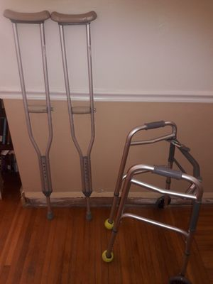 Walker and walking crutches for Sale in Miami, FL