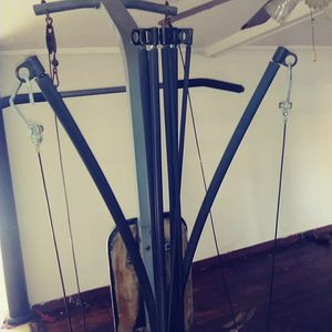 Body building weight machine for Sale in Jackson, MS
