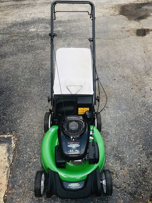 Lawn boy lawnmower like new start at first pull self propelled for Sale in Westmont, IL