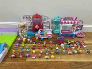 Gigantic shopkins playset! for Sale in Andover, MA