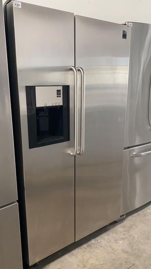 Frigidaire Delivery Available Refrigerator Fridge 36in Wide #1578 for Sale in Kissimmee, FL