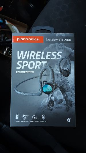 Plantronics backseat fit 2100 wireless sport earbuds for Sale in Acampo, CA