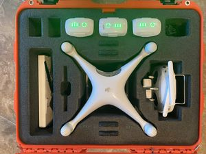 DJI Panthom 4 stander with 3 battery's and hard case for Sale in Fort Worth, TX