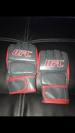 UFC gloves for Sale in Rancho Cucamonga,  CA