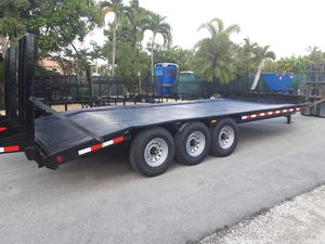 Used 2011 heavy-duty equipment Hauler Trailer deck over 8 and 1/2 by 20 21k heavy duty with brakes for Sale in Fort Lauderdale, FL