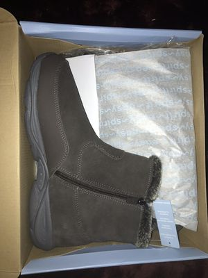 Snow Boots from Boscovs for Sale in Philadelphia, PA