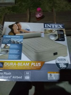 Selling queen air mattress for Sale in Wildomar, CA