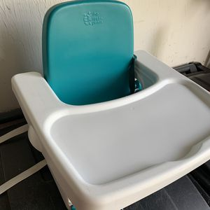 The First Years Booster Seat in great shape! for Sale in Mason, OH