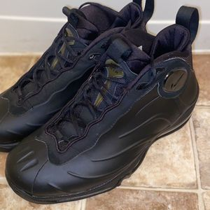 Tim Duncan Air Foam Size 10.5 8/10 Condition for Sale in Washington, DC