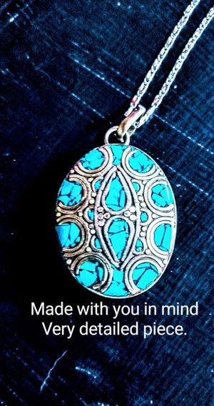 Detailed Turquoise Pendant & Chain. for Sale in Clay City, KY