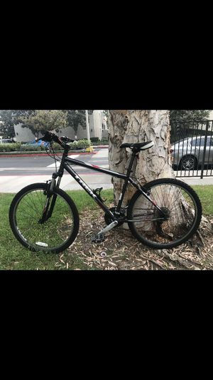 Trek Mountain/ fitness bike for Sale in Placentia, CA