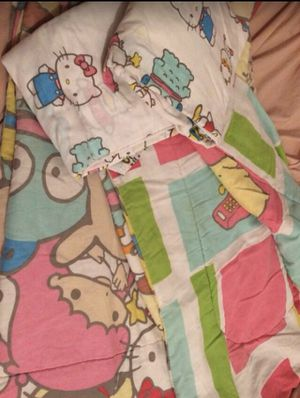 Twin hello kitty comforter for Sale in Houston, TX