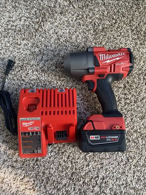 New Milwaukee fuel impact wrench 1/2 1400 torque for Sale in Bellwood, IL