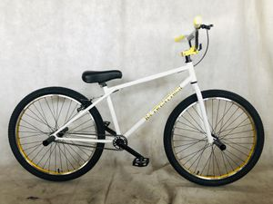 """2020 R4 26"""" Complete BMX Bike Cruiser Bicycle W/ Stunt Pegs (White & Gold) for Sale in Chino, CA"""