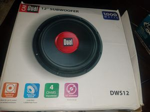 "12"" subwoofer and 2000 watt amplifier *new in box* for Sale in Milwaukee, WI"