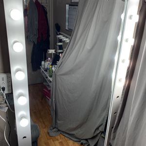 Full Body Mirror for Sale in Rialto, CA