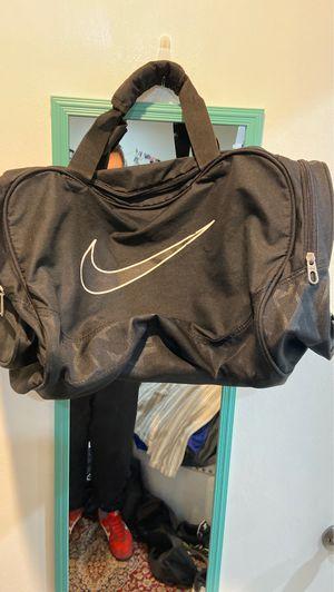 Nike medium duffel bag for Sale in Norwalk, CA