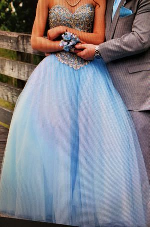 Light Blue prom dress woman's size 6 for Sale in Metairie, LA