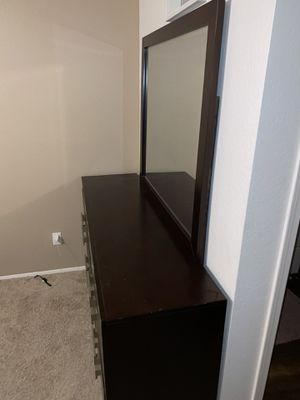 Bedroom Set for Sale in San Diego, CA