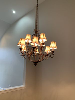Chandelier with 8 lights for Sale in South Brunswick Township, NJ