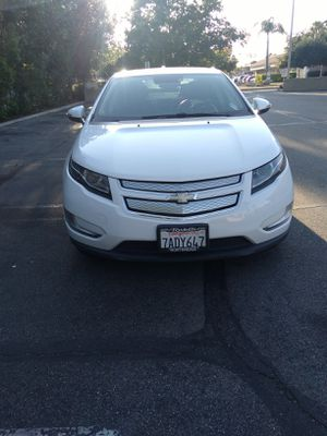 Chevy Volt Premium 2013 for Sale in Los Angeles, CA