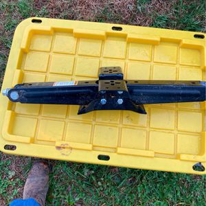 New Camper Scissor Jack for Sale in Fairview, TN