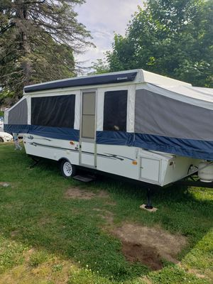 2005 palomino pop up camper for Sale in Bristol, CT