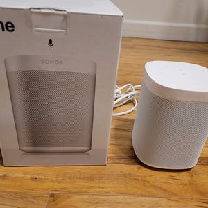 Sonos One Speaker With Microphone for Sale in Los Angeles, CA