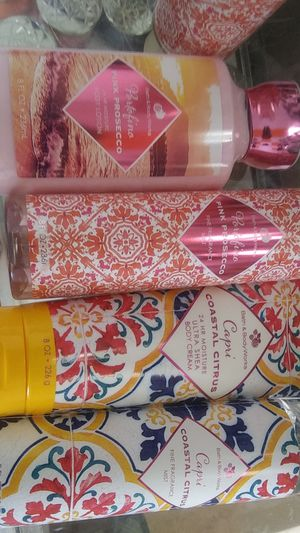 New bath body work sets for Sale in Hawthorne, CA
