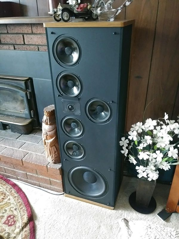PolkAudio Speakers Model SRS 3.1 TL