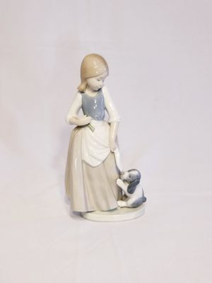 Lladro figurine porcelain lady with dog for Sale in South Gate, CA
