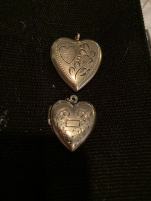 To antique 14 karat gold locket perfect condition for Sale in Seattle, WA