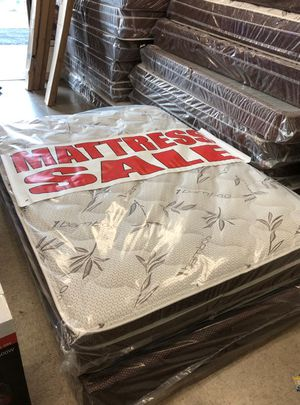 full mattress with box for Sale in Los Angeles, CA