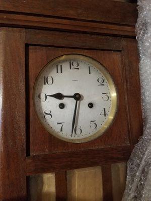European antique clock for Sale in Miami, FL