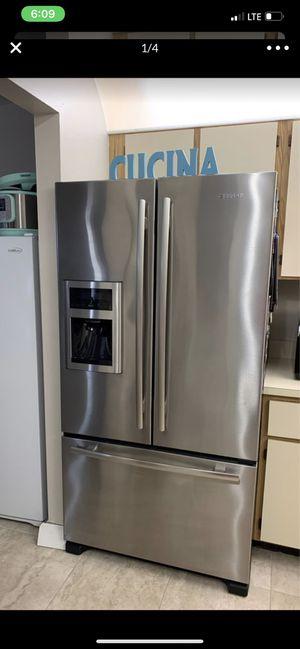 Jenn-air French door fridge for Sale in Jupiter, FL